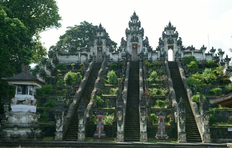 navštívíme chrámy