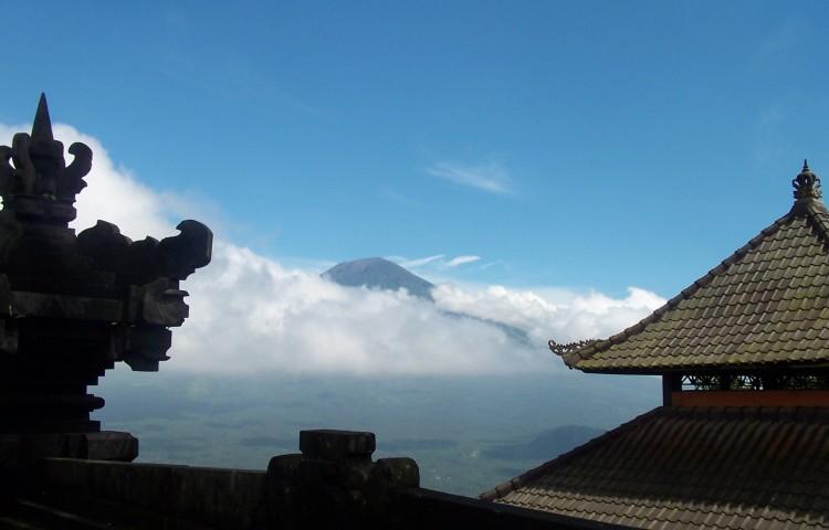 Výhled z Pura Lempuyang
