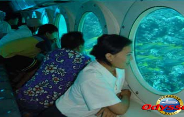Odyssey-Submarine-1_900x500