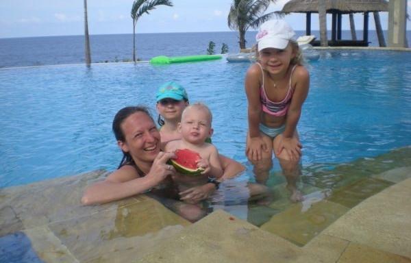 vodu mají rády všechny děti, i ty které si myslí, že se jí bojí - RELAX BALI