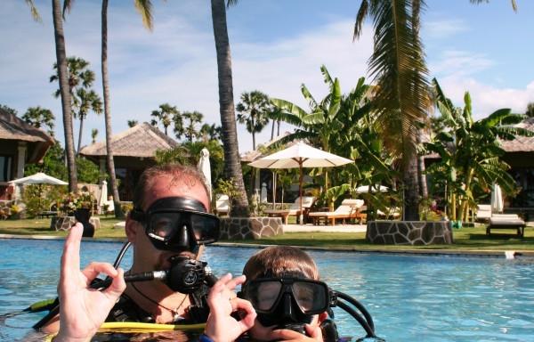 po ponoru v bazénu ( 3,3m) - RELAX BALI